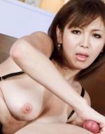 Cewek-jepang-ngocokin-kontol-5.jpg